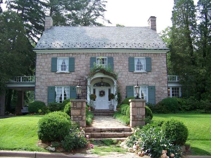 Облицовка камнем фасадов и интерьеров домов