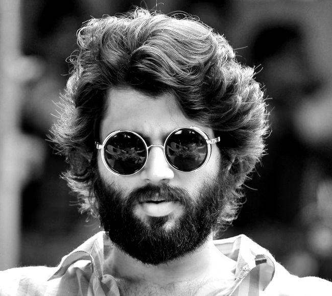 Bollywood star impressed with Vijay! - Telugu Cinema #FansnStars