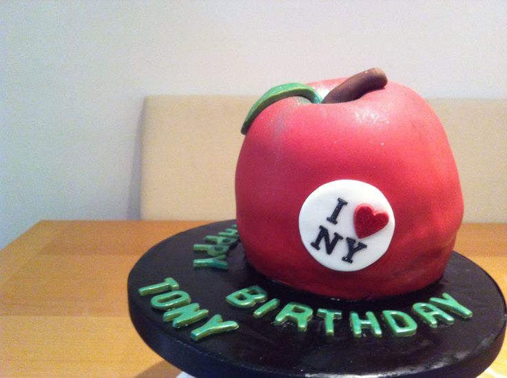 New York apple cake