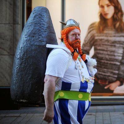 Obelix Kostüm selber machen   Kostüm Idee zu Karneval, Halloween & Fasching