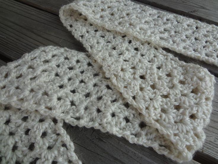 Best 25 Knit Scarves Ideas On Pinterest: Best 25+ Crochet Scarf Easy Ideas On Pinterest