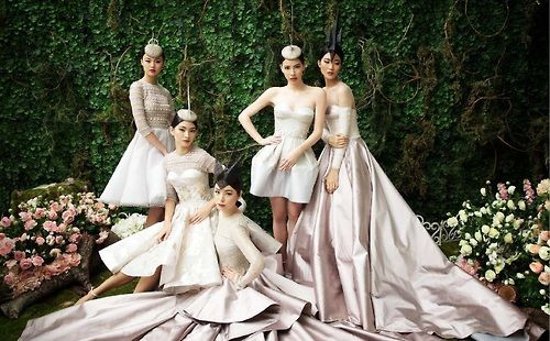 Marcella Tanaya, Jessie Setiono, Katharina Renna, and Penny Marlina by Moreno for Yogie Pratama collection