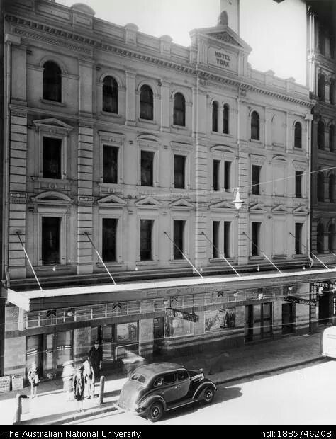 York Hotel,King St,Sydney in 1937.Photo from Australian National Library.A♥W
