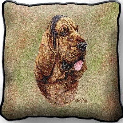 - Decorative pillow - Captures the beauty of a huge tapestry - Made in the USA - Special order item - Usually ships in 1-2 weeks Description This decorative pillow captures all the beauty of a huge ta