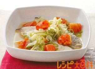 トマトと白身魚の蒸し煮