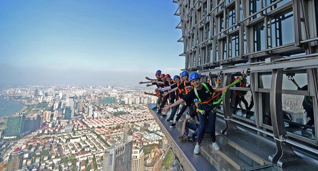 Now THAT's a skywalk! Jin Mao Tower to open world's highest fenceless, all transparent walkway in Shanghai | News | Archinect