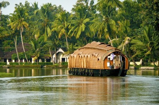Alleppey, Kerala: The Venice Of India From The Eyes Of A Nature Traveller !