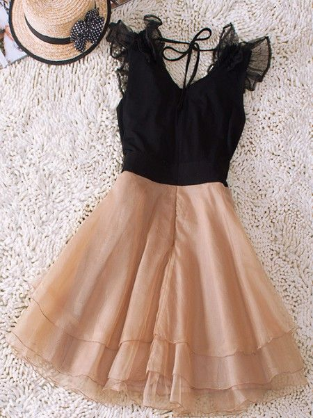 Very cute dress.