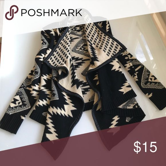 Tribal print sweater Black and cream tribal print sweater with faux leather trim! Great for rainy days :) Sweaters