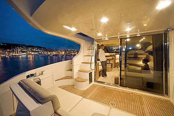 Lux yacht