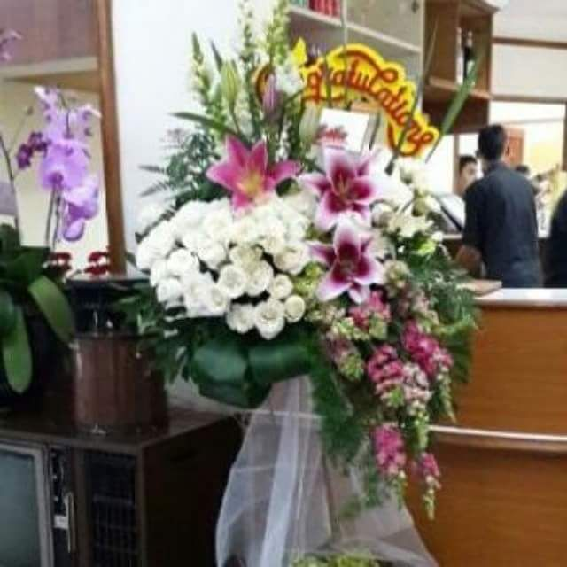 TOKO BUNGA GHUNFLORIST | STANDING FLOWER: STANDING FLOWER