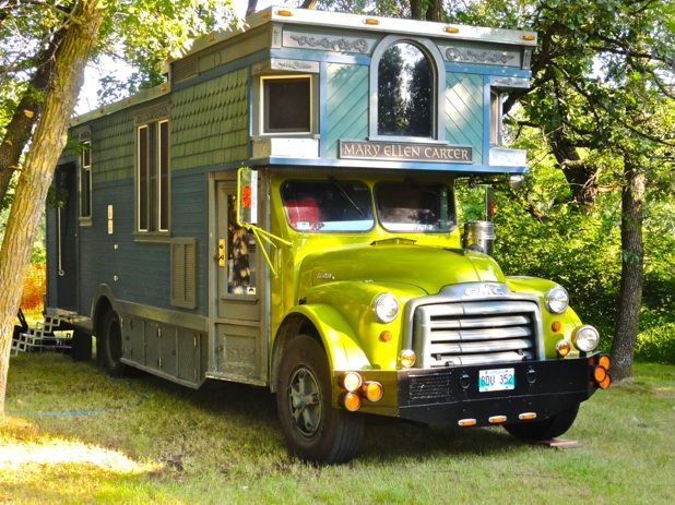 The Mary Ellen Carter – StillStanding Tour Bus
