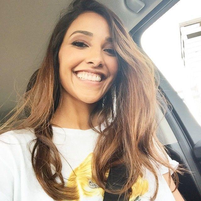 #JulianaMoreira Juliana Moreira: La faccia della Mamma che ha finito di lavorare prima e riesci a prendere la piccolina alla scuola non c'è prezzo  #tantoamore #truelove #amorquenãotempreço #sono #mammacozza #mamãechiclette #amor #bubu #mia ❤️
