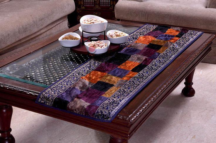 1000 Ideas About Coffee Table Runner On Pinterest Farmhouse Table Decor Breakfast Table