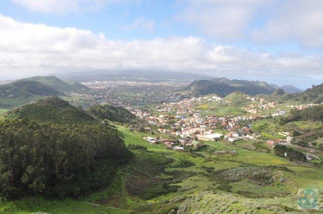 Parcul Natural Anaga din extremitatea de nord-est a Insulei Tenerife (Spania) e un loc fantastic de vizitat. Nu mulți turiști vin aici, așa că veți admira peisajele în liniște.