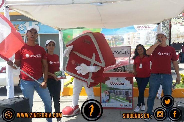 Activación para Casas Javer 🏡 #volanteo #animación #señalización #botarga  #Marketing #BtL