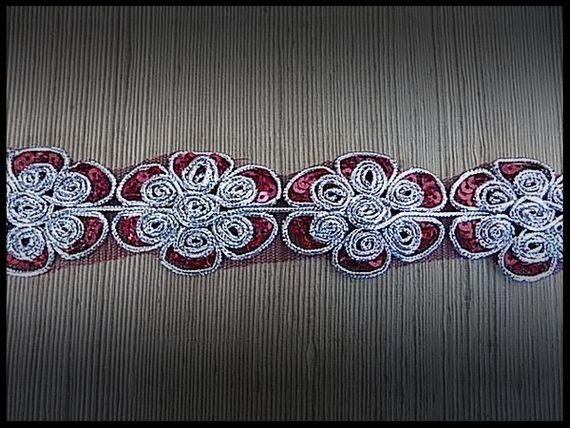 Galon tulle rouge brodé argent et sequins rouges 4 cm - couture - mercerie - customisation - embellissement - costume vénitien