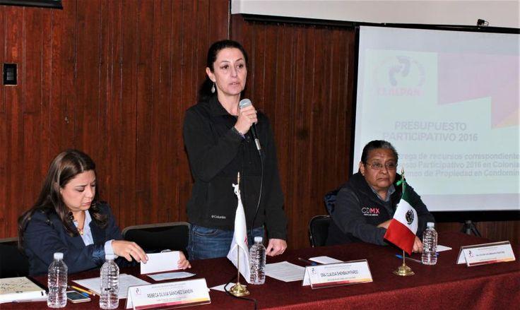 La delegación Tlalpan hace entrega de recursos para mejoramiento de Unidades Habitacionales
