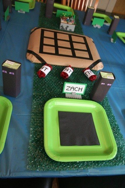 Don't forget the juice! | 31 DIY Birthday Party Ideas That Will Blow Your Minecraft