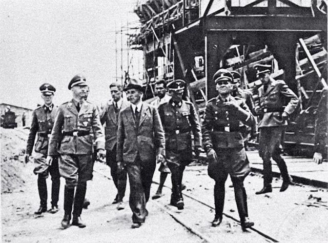 1 March 1941 worldwartwo.filminspector.com Rettungsboje Himmler Hoess Auschwitz IG Farben