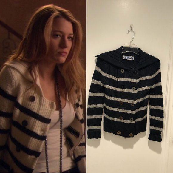 CARDIGAN by Lynne Hiriak Navy Sweater XS | Navy sweaters