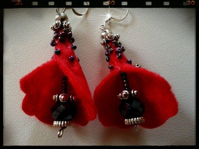 Felt trumpet red earrings