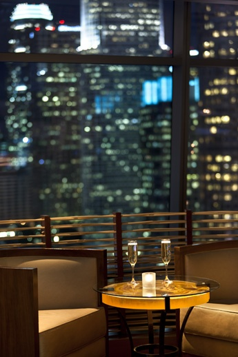 Unwind with exceptional views of the Los Angeles skyline