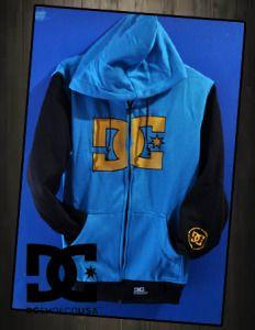 Sweater DC blue black  harga eceran : Rp. 140.000 (1 -2 pcs) harga grosir Rp 120.000 (3 pcs atau lebih) belum termasuk ongkir Sweater DC blue black (cewek) by Grosir Denim:  Bahan Fleese  sweter Ukuran All Size (Setara M  L) Kualitas sweter tebal hangat full accesoris Sweater DC blue black (cewek)(2)     Pemesanan via SMS Anda dapat melakukan pemesanan melalui SMS dengan format sebagai berikut:  Nama | Alamat Lengkap | Produk Yang Dipesan | Jumlah Pesanan  kirim ke 085701111960