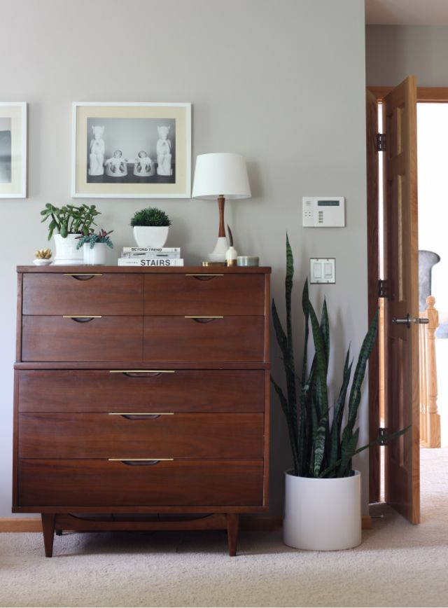 Master Bedroom Makeover Mid-Century Modern all pieces are vintage // mid century dresser // potted snake plant (mother's tongue) // neutral walls Brown Furniture, Modern Furniture, Furniture Ideas, Home Bedroom, Bedroom Decor, Bedroom Inspo, Bedroom Lamps, Wall Lamps, Bedroom Ideas
