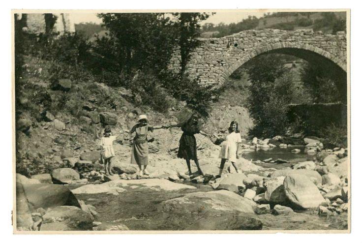 DONNE FELICI AL FIUME Vecchia Foto d Epoca Old Photo 1920 Vintage Paesaggio F261