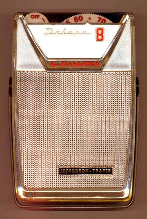Jefferson-Travis JT-H204 small portable transistor radio
