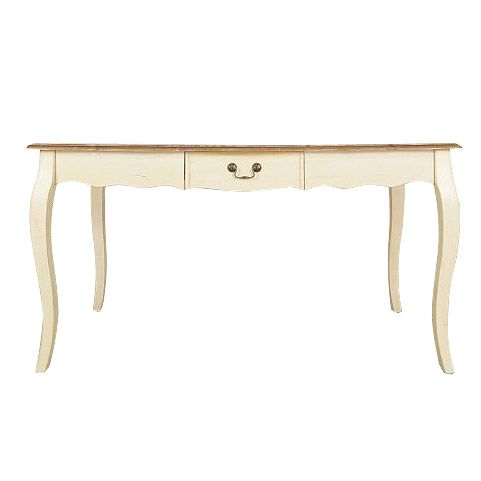 """Глядя на искусно состаренный стол """"Leontina"""" с изогнутыми ножками, невольно вспоминаешь о влюбленной Татьяне Лариной, которая сидя за примерно за таким же столом трепетно писала Онегину. Сколько еще тайн может хранить этот стол с таким маленьким и совсем неприметным ящичком?             Материал: Дерево.              Бренд: Этажерка.              Стили: Классика и неоклассика, Прованс и кантри.              Цвета: Бежевый, Коричневый."""