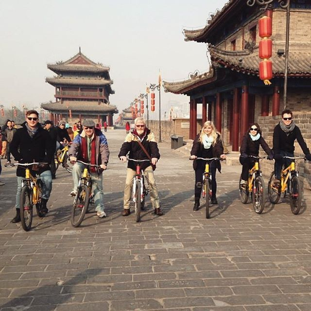 Throwback to when I rode a bicycle for 14km all around the Ancient Xi'an City Wall  #memories #throwback #china #travel #bicycle #travel #traveling #vacation #visiting #instatravel #instago #instagood #trip #holiday #photooftheday #fun #travelling #tourism #tourist #instapassport #instatraveling #mytravelgram #travelgram #travelingram #igtravel