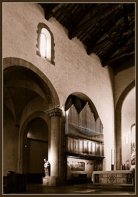 A Romanesque church in Sansepolcro, Italy | Flickr - Photo Sharing❤️