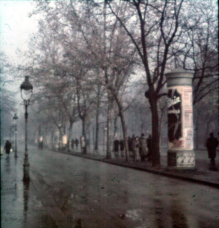 Avenue Andrássy, foto di Lajos Hollán, 1940.
