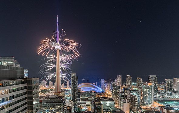2015 Pan Am Games opening ceremony - Cn Tower fireworks