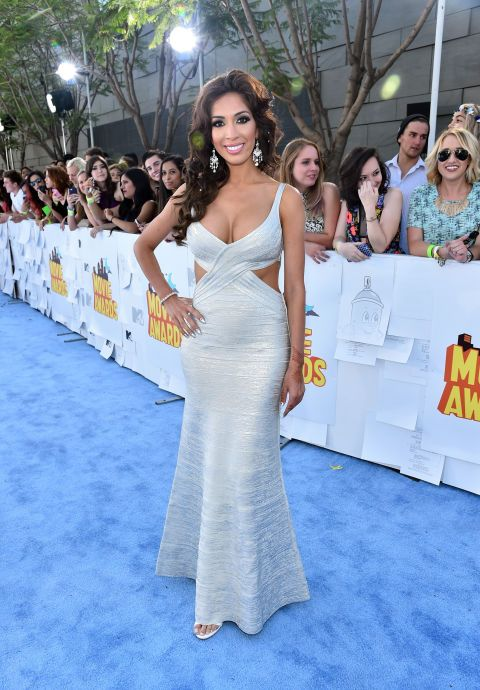 Farrah Abraham's hair is freaking mesmerizing. #MTVMovieAwards