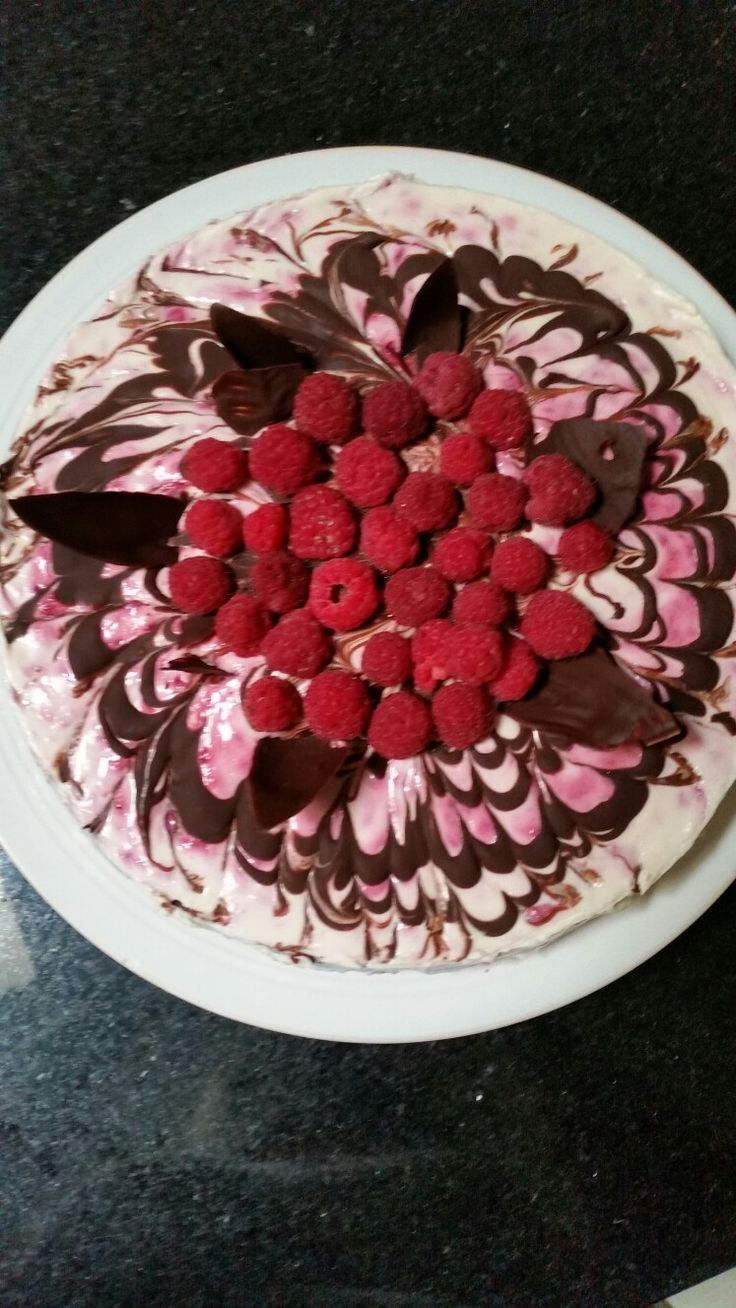 Raspberry &chocolate  cheese cake