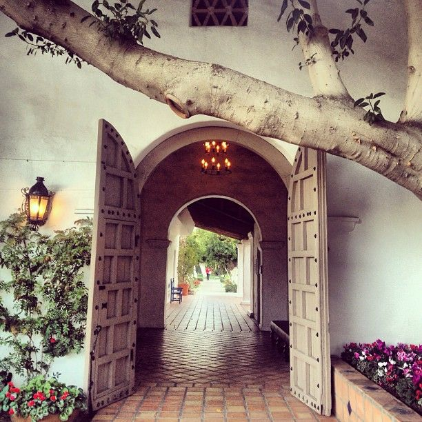 La Quinta Resort and Spa walkway! The beautiful site of #TEDActive.