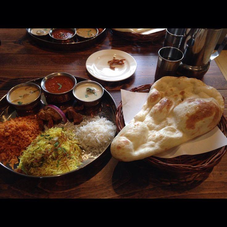 #curry365 #curry #thali #india #indianfood #southindia #southindianfood #lunch #foodporn #カレー #ターリー #インド #インド料理 #南インド #南インド料理 #ランチ #昼飯  New year thali Mushroom korma / Keema curry / Nizam kofta / Tandoori shrimp / Chat fish / Tomato rice / Chicken biryani /Basmati rice /Naan . ニューイヤーターリー キノココルマ / キーママルタ / ニザームコフタ / タンドリー海老 / チャート鯛 / トマトライス / チキンビリヤニ / バスマティライス / ナン