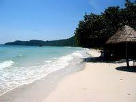 Minh Chau Beach, more details at http://www.reddragoncruise.com/guide/beaches-on-halong-bay/minh-chau-beach
