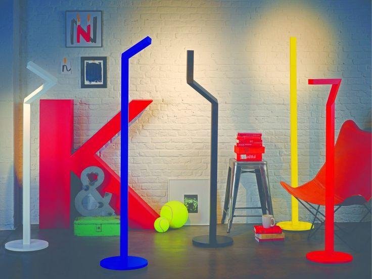 Design je hra! Aneb elefantní a nastavitelná stojací lampa od Philipsu jako jeden příklad za všechny :-) #ledsviti #design #osvětlení