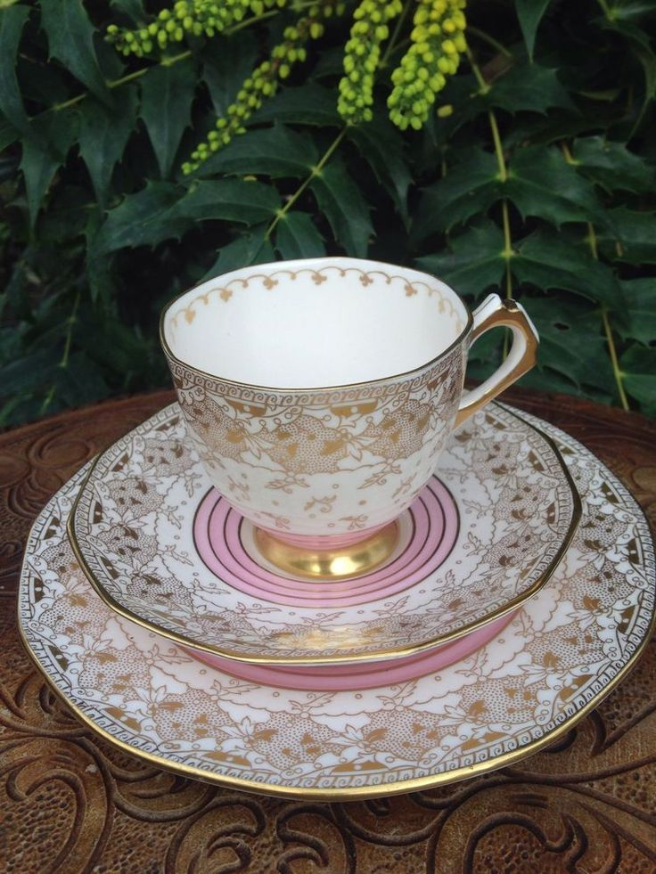SUPERB c1936 PLANT TUSCAN BONE CHINA TEA TRIO, CUP, SAUCER & PLATE , PINK