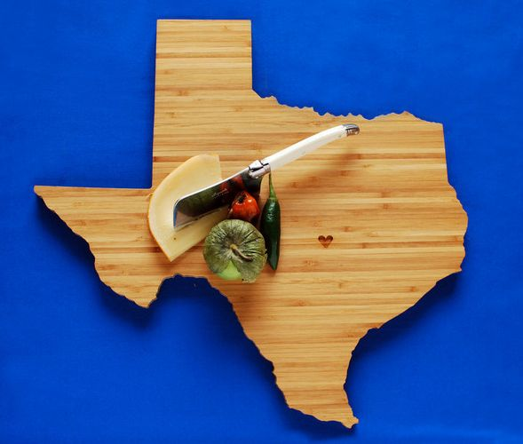 A CUP OF JO: Gifts Ideas, States Shape, Cut Boards, Cutting Board, Holidays Gifts, Texas Cut, Hostess Gifts, U.S. States, Shape Cut