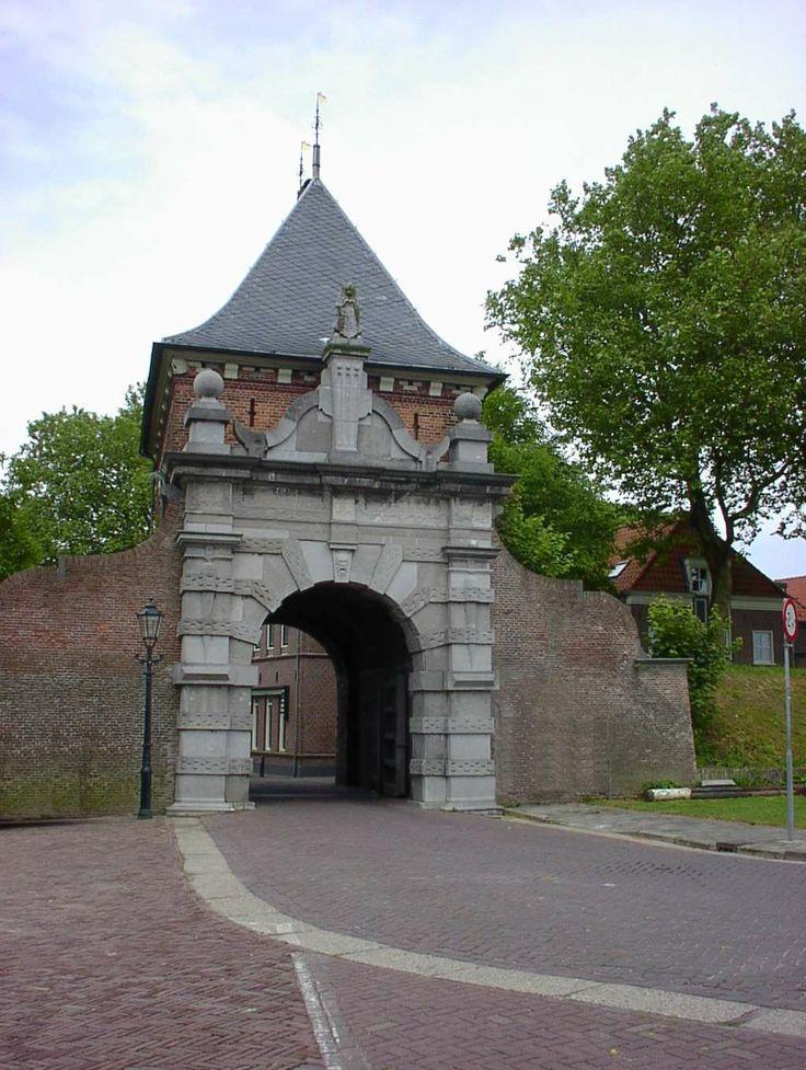 Schoonhoven, de Veerpoort. Hier heb ik 8 jaren naast gewoond. Wat een mooi uitzicht he?