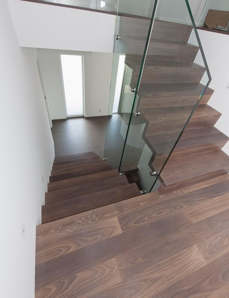 dunkles holz und glas interior pinterest dunkles holz dunkel und holz. Black Bedroom Furniture Sets. Home Design Ideas