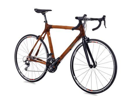Densu er vores sporty racercykel og er udstyret med den 105S klassiske Shimano gruppe. Vores bambus cykelramme er stiv og komfortabel på samme tid - ideel til ambitiøs kørsel, træning eller race. Den innovative Brooks cambium C15 sadel, er et optisk højdepunkt.