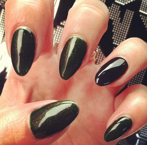 Pointy Wicked Witch Nails Perfect For Costume Or Witchcostume Witchnails