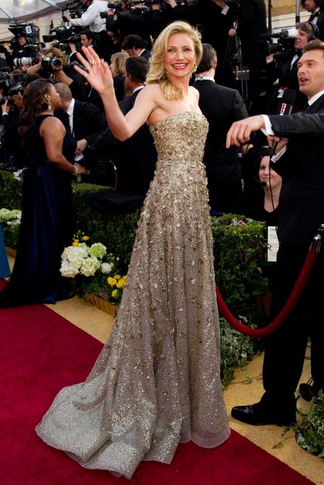 Celebrities With Oscar De La A Designs Cameron Diaz Remembering Pinterest Dresses And Fashion