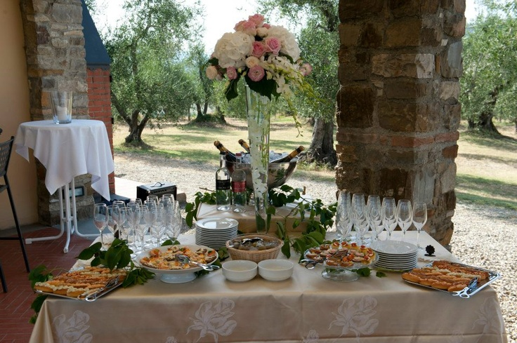 No wedding in #Italy would be complete with a gourmet aperitivo